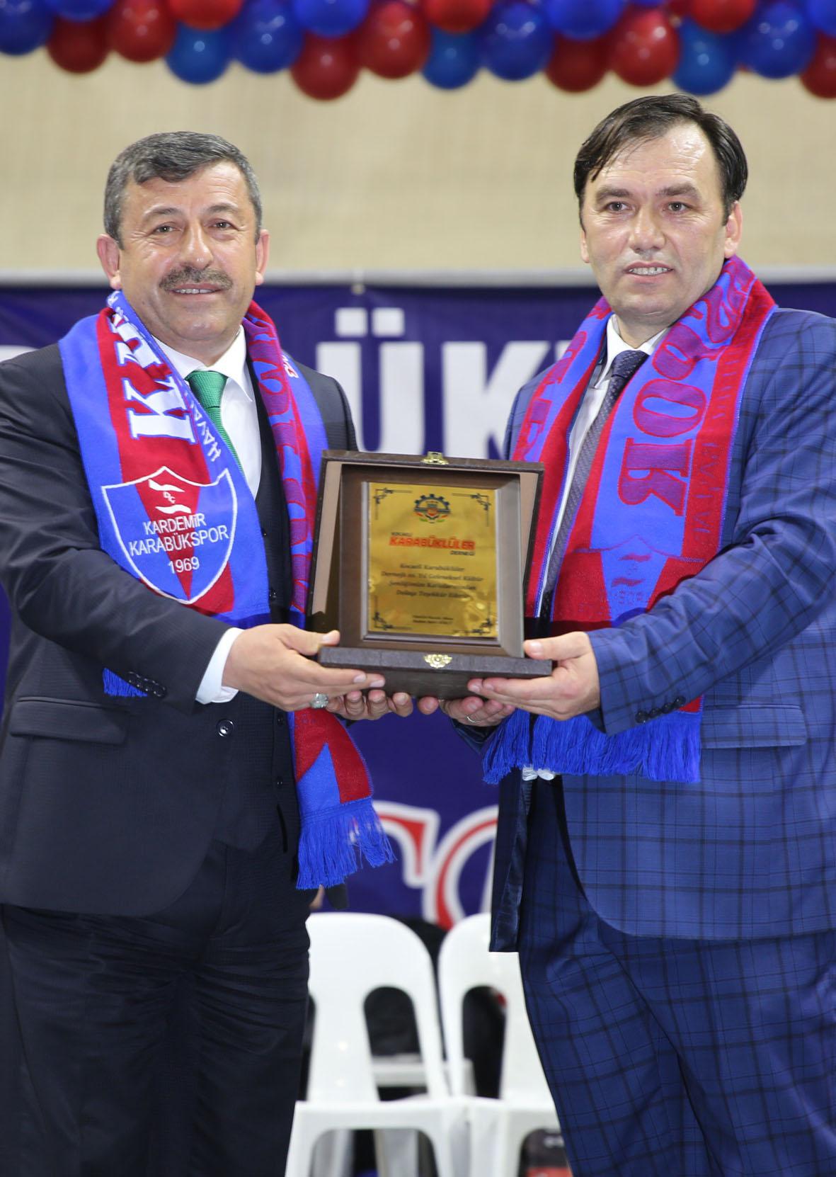 Kocaeli Karabüklüler Derneği Başkan Karabacak'a Teşekkür Etti