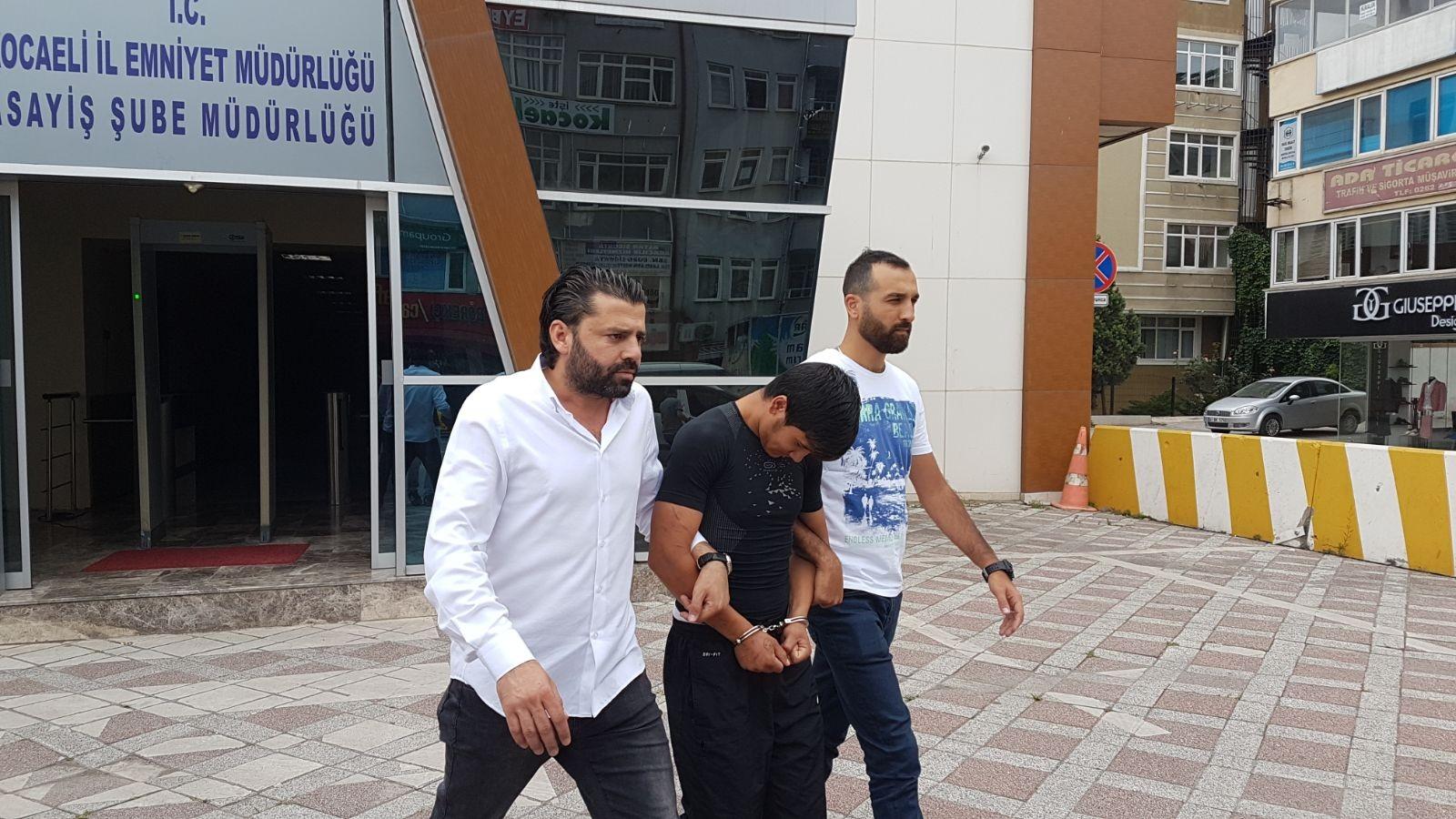 Büfeden 30 bin TL'lik sigara alkol çalan hırsız yakalandı