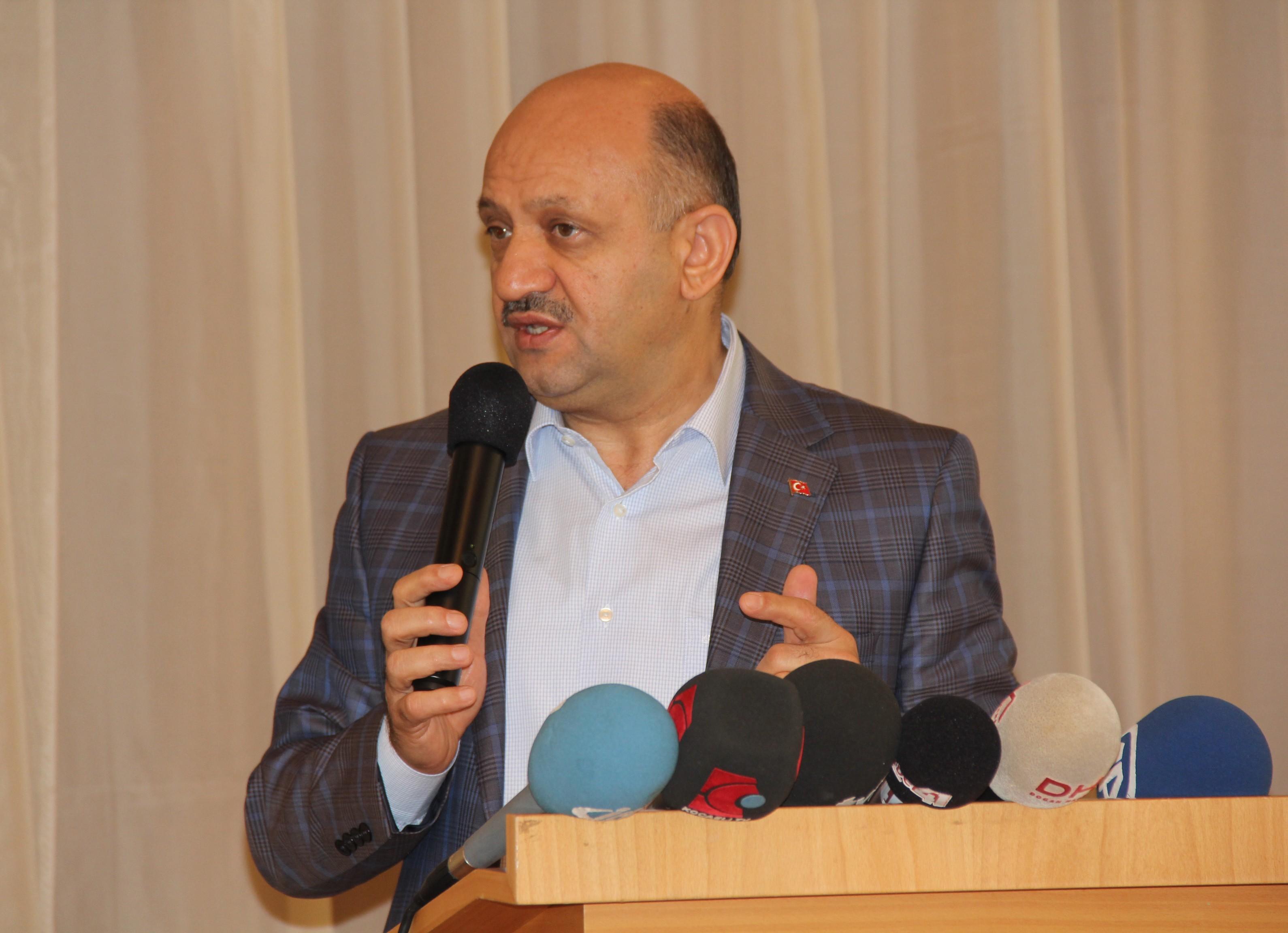 Başbakan Yardımcısı Fikri Işık: 'NATO rezaletinde sorumluların gereken cezaya en ağır şekilde çarptırılmaları bizim açımızdan önemlidir'