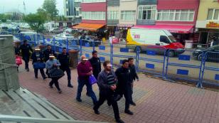 Kocaeli'de 12 kamu görevlisi Bylock'tan tutuklandı