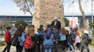 """""""Hedef Gelecek"""" Projesi Gezi Programının İlk Durağı Medeniyetler Şehri İstanbul Oldu"""