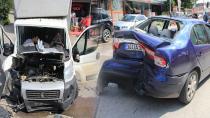 Başiskele'de otomobille kamyonet çarpıştı: 4 yaralı