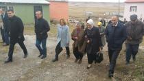 Katırcıoğlu, Kars'ta emniyet güçlerine anne şefkatiyle ilgi gösterdi