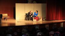 Kültür ve Sanat Hayatı Çayırova'da  Bu Ay da Çok Canlı