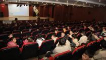 """Çayırova Belediyesi  """"Ayı Kardeşler"""" Çocuk Çizgi  Filmini Minik İzleyicileriyle Buluşturdu"""
