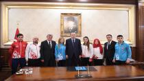 Cumhurbaşkanı Erdoğan'dan Kağıtsporlu şampiyonlara teşekkür