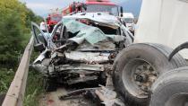 Kocaeli'deki feci kazada diğer sürücüler ölümden döndü