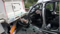 Hafif ticari araç TIR'a arkadan çarptı: 4 ölü 1 yaralı