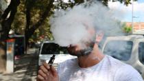 Yasaklanmasına rağmen elektronik sigara tüketimi hızla artıyor