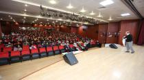 Çayırova Belediyesi Öğrenci Yazar Buluşmasına Necmettin Evci Konuk Oldu