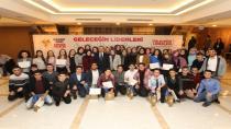 Gençlere sertifikalar Başkan Köşker'den