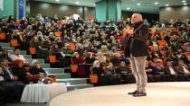 Mete Yarar Darıca'da Yeni Dünya Düzenini Anlattı