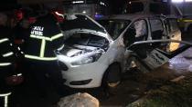 Işık ihlalinde iki araç birbirine girdi: 4 yaralı