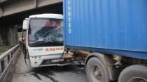 Kocaeli'de midibüs tıra çarptı: 7 yaralı