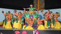 41 ülke 41 renk gösterisi büyüledi