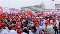 Kocaeli'nde binler, 1 Mayıs için toplandı