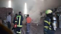 Kocaeli'de yapı malzemeleri fabrikasında yangın