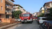 Yangına uykuda yakalanan aileyi köpekleri uyandırdı