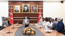 Vali Hüseyin Aksoy, halk gününde 462 vatandaş ile görüştü