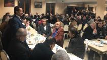 Vekil Yaman akrabalarını topladı