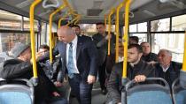 Bıyık, halk otobüsünde yolculuk yaptı