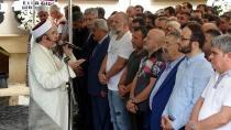 Kocaeli'de Mursi için gıyabi cenaze namazı kılındı