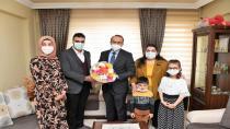 Yavuz Çifti Mübarek Ramazan Ayında Gönüllere Dokunmaya Devam Ediyor
